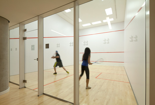 Amenities gallery - 7 of 8 - Linc squash room